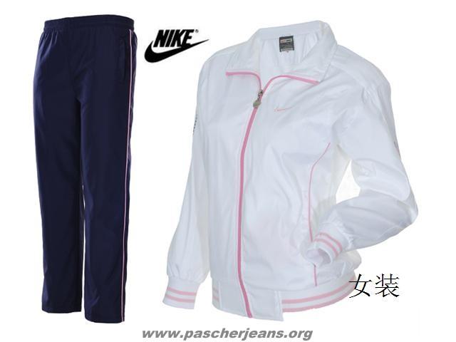 ensemble nike femme jogging